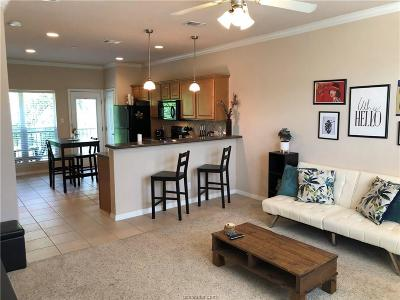 College Station Condo/Townhouse For Sale: 305 Holleman Drive #1105