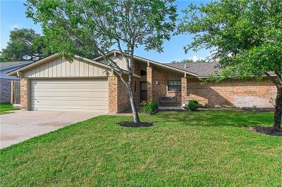 College Station Single Family Home For Sale: 1819 Laura Lane