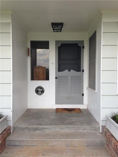 Rental For Rent: 910 Winding Road