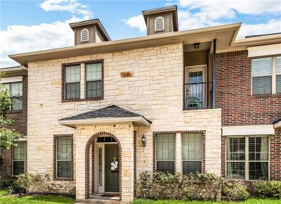Brazos County Condo/Townhouse For Sale: 156 Forest Drive