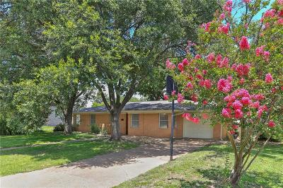 Brazos County Single Family Home For Sale: 304 Dunn Street