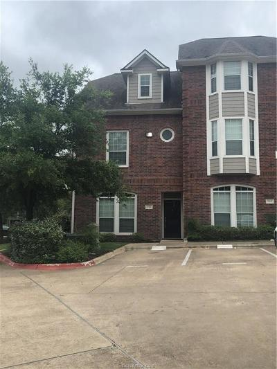 College Station Condo/Townhouse For Sale: 305 Holleman Drive #701
