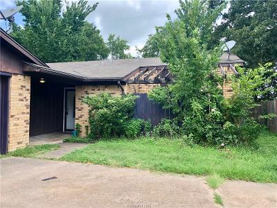 Bryan Single Family Home For Sale: 3101 Red Robin Loop