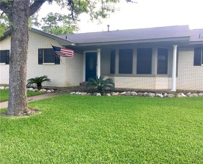 Bryan Single Family Home For Sale: 2400 Wayside Drive