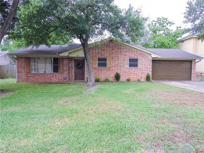 College Station Single Family Home For Sale: 1010 Hereford Street