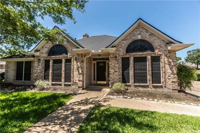 College Station Single Family Home For Sale: 5002 Congressional Court