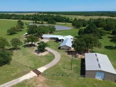 Milam County Single Family Home For Sale: 11258 Cr 455