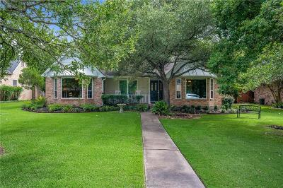 College Station Single Family Home For Sale: 8702 Chippendale Street