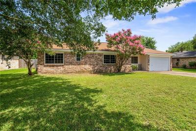 Bryan Single Family Home For Sale: 2602 Allen Forest Drive