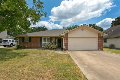 College Station Single Family Home For Sale: 1102 Bayou Woods Drive
