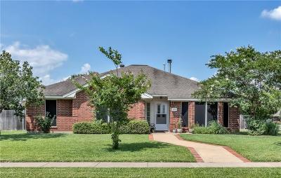 College Station Single Family Home For Sale: 1100 Chesapeake Lane