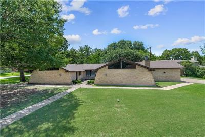 Bryan Single Family Home For Sale: 2701 Broadmoor Drive