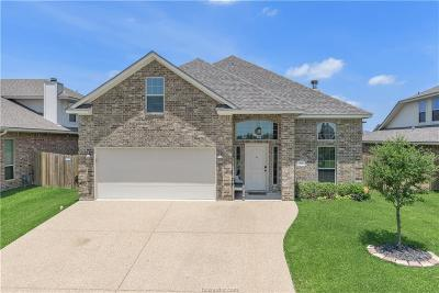 Brazos County Single Family Home For Sale: 915 Emerald Dove