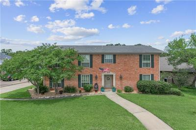 Bryan Single Family Home For Sale: 2707 Pinehurst
