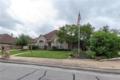 College Station Single Family Home For Sale: 800 Pine Valley Drive