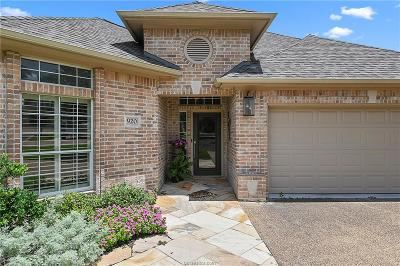 College Station Single Family Home For Sale: 920 Grand Oaks Circle