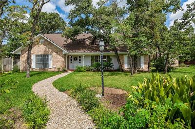College Station Single Family Home For Sale: 1403 Post Oak Circle