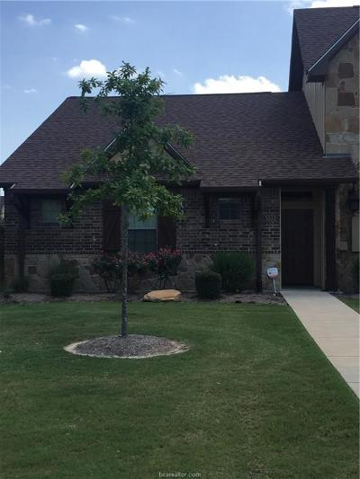 College Station Condo/Townhouse For Sale: 3332 Airborne Avenue