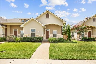 College Station Condo/Townhouse For Sale: 3819 Blackhawk Lane