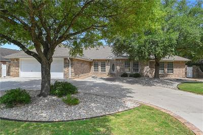 Single Family Home For Sale: 705 Willow Loop