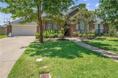 College Station Single Family Home For Sale: 807 Holston Hills Drive