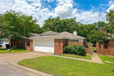 Bryan Single Family Home For Sale: 1903 Wilderland Circle