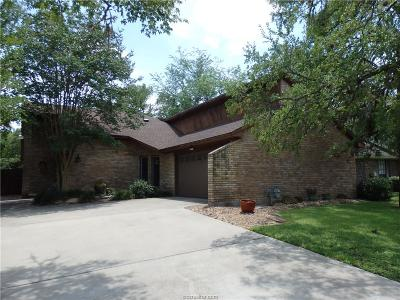 College Station Single Family Home For Sale: 8709 Bent Tree Drive