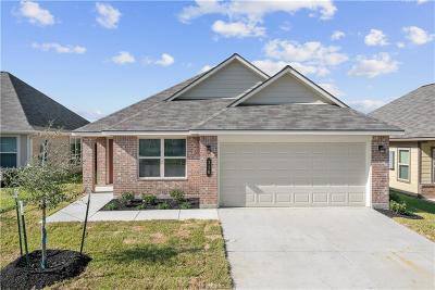 Navasota Single Family Home For Sale: 110 Dove Court