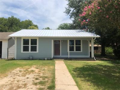 Caldwell Single Family Home For Sale: 302 North Stone Street