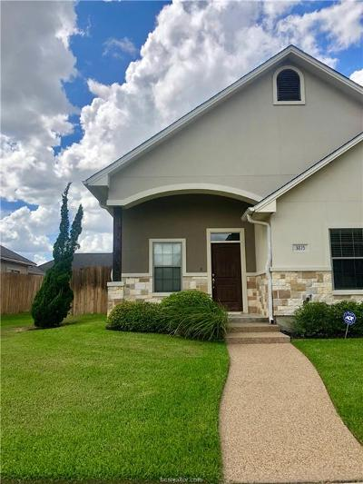 College Station Condo/Townhouse For Sale: 3815 Blackhawk Lane