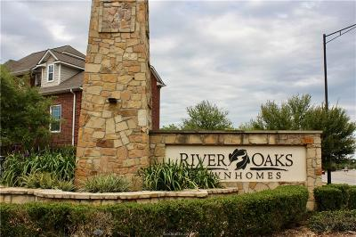 College Station Condo/Townhouse For Sale: 305 Holleman Drive #902