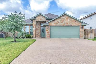 College Station Single Family Home For Sale: 3816 Dove Hollow Lane