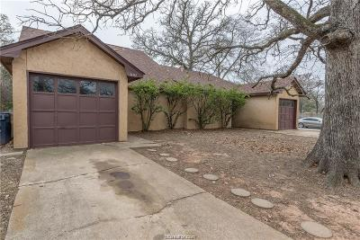 College Station Rental For Rent: 1102 Airline