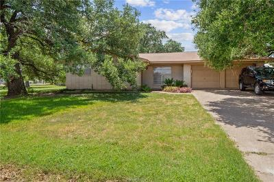 College Station Single Family Home For Sale: 101 North Dowling