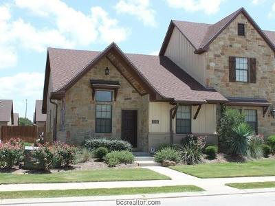 College Station Condo/Townhouse For Sale: 3334 Lieutenant