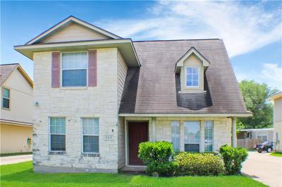 College Station Single Family Home For Sale: 503 Camp Court