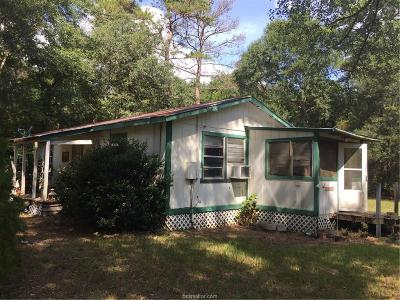 Grimes County Single Family Home For Sale: 11113 Woodside Drive