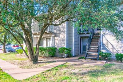College Station Condo/Townhouse For Auction: 1901 Holleman Drive #209