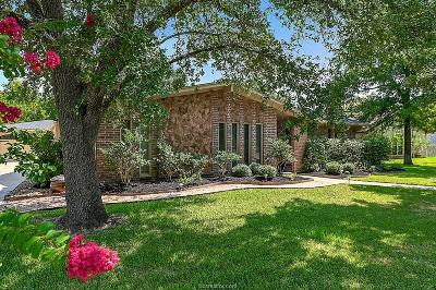 College Station Single Family Home For Sale: 1805 Sabine Court
