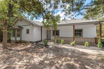 College Station Single Family Home For Sale: 6707 Wooded Drive