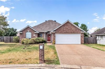 College Station Single Family Home For Sale: 203 Augsburg Court