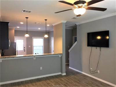 College Station Condo/Townhouse For Sale: 301 Southwest Parkway #335