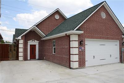 Brazos County Single Family Home For Auction: 4102 South Texas