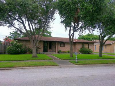 Corpus Christi TX Single Family Home Sold: $155,000