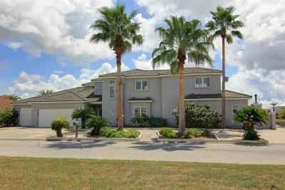 Aransas Pass Single Family Home For Sale: 1061 Pompano Dr