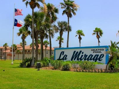 Port Aransas TX Condo/Townhouse Sold: $189,999