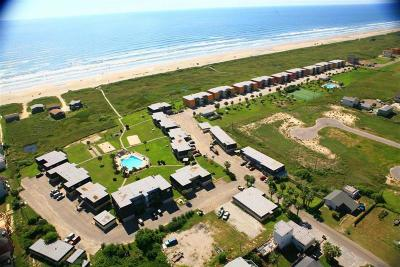 Port Aransas Condo/Townhouse For Sale: 700 Island Retreat #45