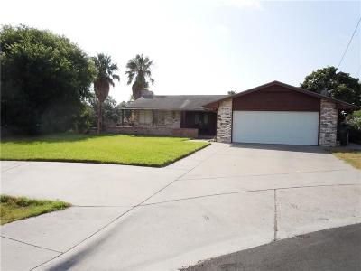 Single Family Home For Sale: 3233 Bimini Dr