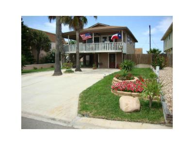 Port Aransas Single Family Home For Sale: 401 Bralley Dr