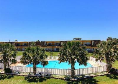 Port Aransas Condo/Townhouse For Sale: 700 Island Retreat #56